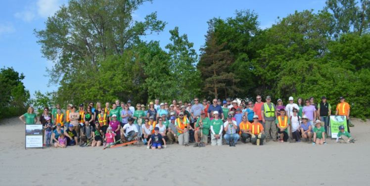 A group photo taken prior to a Green Up event
