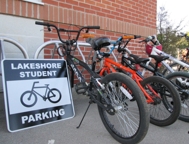Bicycle rack at Lakeshore Public School